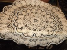 "ANTIQUE CREAM & BEIGE LACY ROUND TABLECLOTH FINE OPEN LINEN COTTON WORK 34"" DIA"